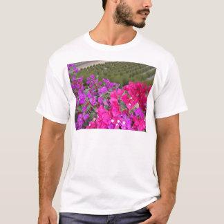Bouganvillea field T-Shirt
