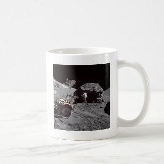 Boulder lunar taza
