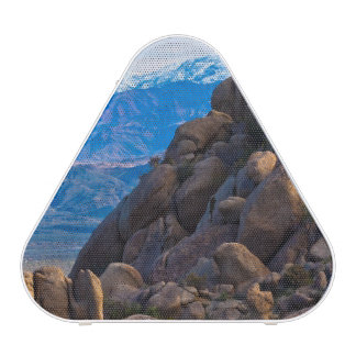 Boulders and Mountains Speaker