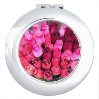 bouquet of roses compact mirror