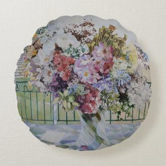 Bouquet Round Pillow