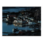 Bovallstrand, Suecia por noche Tarjetas Postales