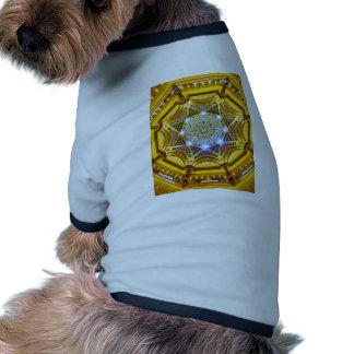 Bóveda de Oppulent del hotel del palacio de los Camiseta Con Mangas Para Perro