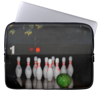 Bowing Laptop Sleeve