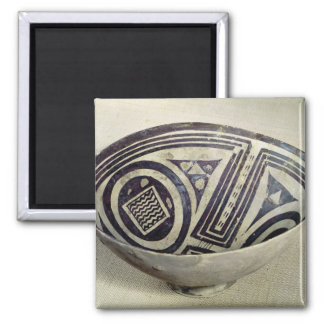Bowl decorated with a geometric pattern magnet