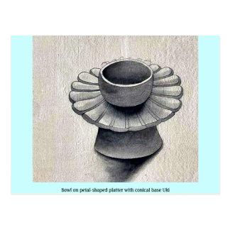 Bowl on petal-shaped platter with conical base Uki Postcard