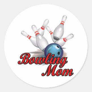 Bowling Mom (strike) Classic Round Sticker