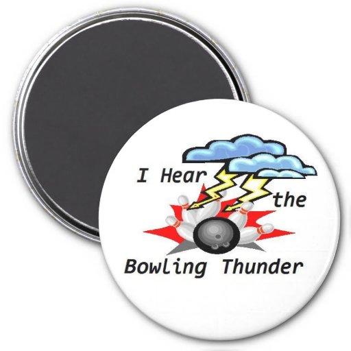 Bowling Thunder Round Magnet