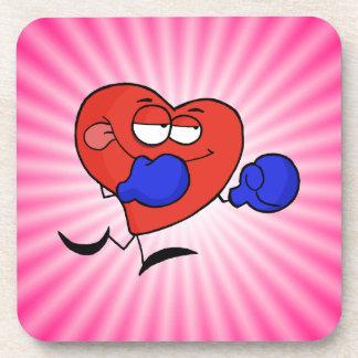 Boxeo rosado del corazón posavasos