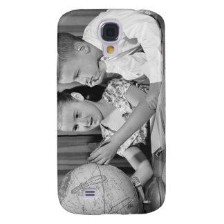 Boy and Girl Viewing Globe Samsung Galaxy S4 Cover