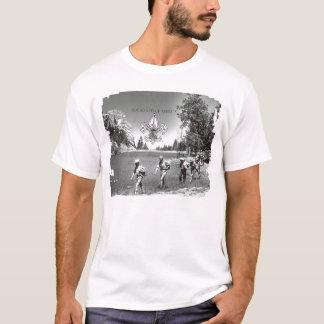Boy scout de la camiseta del vintage de América