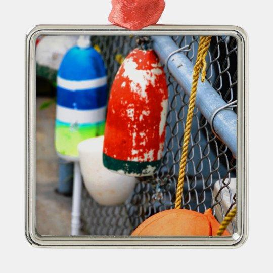 Boyas en la cerca adorno navideño cuadrado de metal