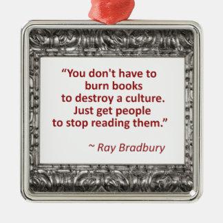 Bradbury en los libros adorno navideño cuadrado de metal