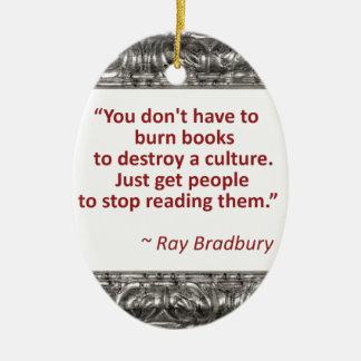 Bradbury en los libros adorno navideño ovalado de cerámica