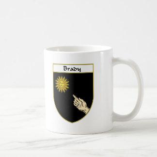 Brady arma nuevo taza de café