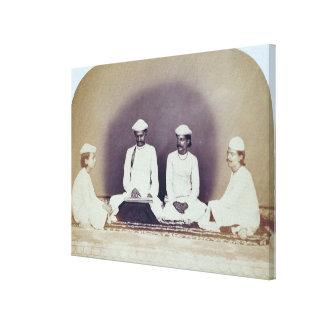 Brahmanes hindúes en Delhi, siglo XIX (foto de la  Lona Estirada Galerías