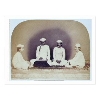 Brahmanes hindúes en Delhi, siglo XIX (foto de la Postal