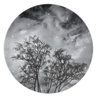 Branches to Heaven Plate