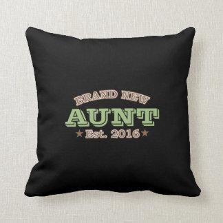 Brand New Aunt Est. 2016 (Green) Throw Pillow