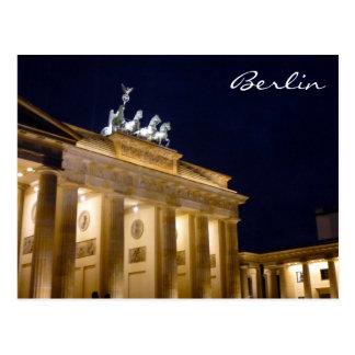 brandenburg gate berlin postcard