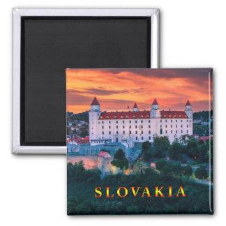 Bratislava 001M Magnet