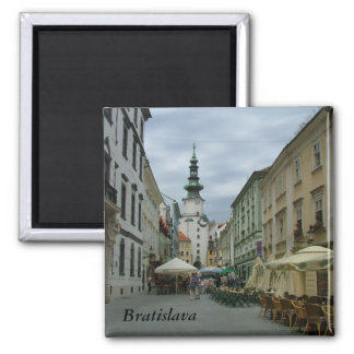 Bratislava Imán Cuadrado