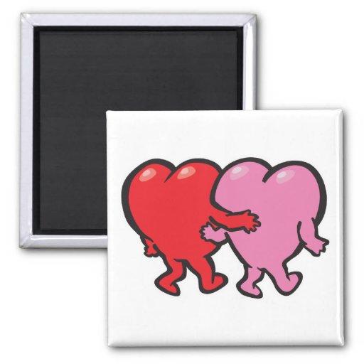 brazo de los corazones en tarjeta del día de San Imanes