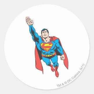 Brazo derecho del superhombre aumentado pegatina redonda
