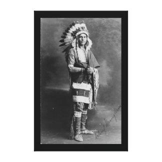 Brazo fuerte del jefe indio del nativo americano impresión en tela