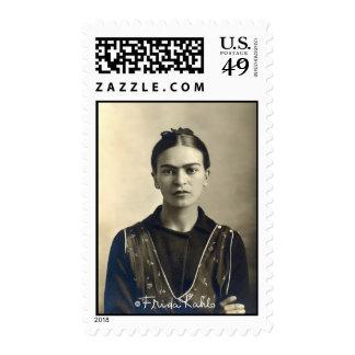 Brazos de Frida Kahlo cruzados Timbre Postal
