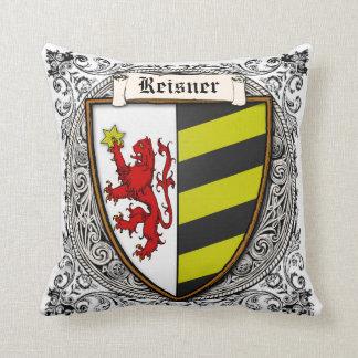 Brazos de la familia de Reisner Cojín Decorativo
