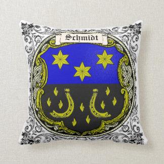 Brazos de la familia de Schmidt (el Saar-Rin) Cojín Decorativo