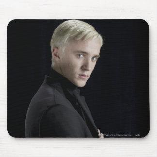 Brazos de Malfoy del Draco cruzados Tapete De Ratones