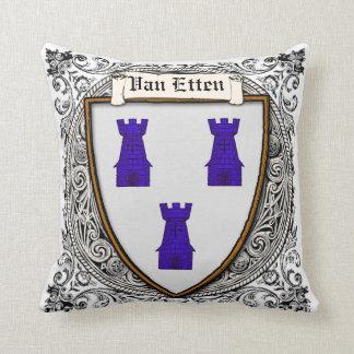 Brazos de Van Etten Family Cojín Decorativo