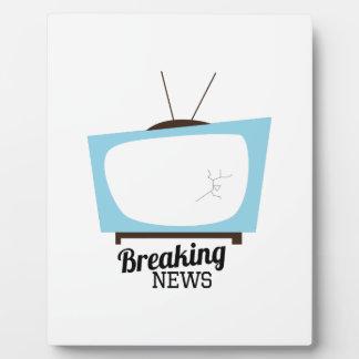 Breaking News Plaque