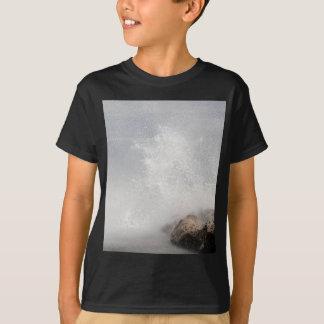 Breaking waves on rocks on the Adriatic Sea. T-Shirt