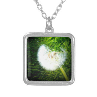 Breath-flower-solo Silver Plated Necklace