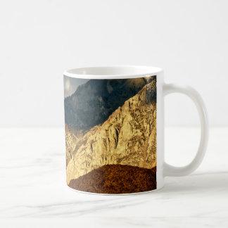 BREATHTAKING VIEW OF EASTERN SIERRA LANDSCAPE COFFEE MUG