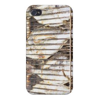 Bremas de mar en parrilla de la barbacoa iPhone 4 carcasa