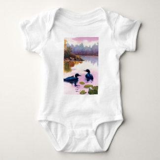 Bribones en la enredadera infantil crepuscular camisetas