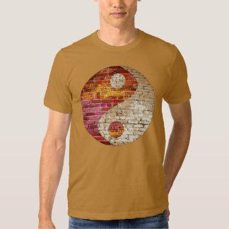 Brick Yin Yang Men's T Shirt