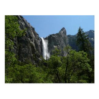 Bridalveil baja en el parque nacional de Yosemite Tarjetas Postales