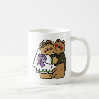 Bride and groom bears coffee mug