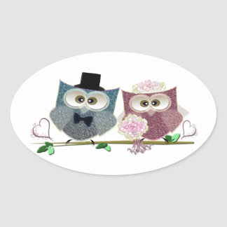 Bride and Groom cute Owls Art Oval Sticker