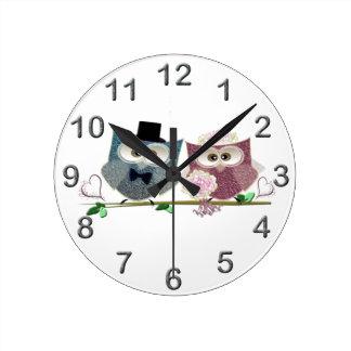 Bride and Groom cute Owls Art Round Wallclock