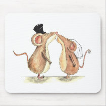 Bride and Groom - Kissing Mice - Gift for Wedding Mouse Pad