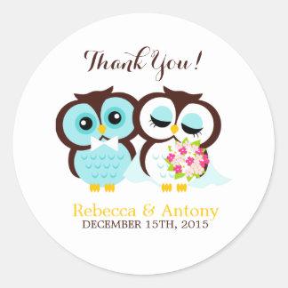 Bride and Groom Owls Wedding Classic Round Sticker