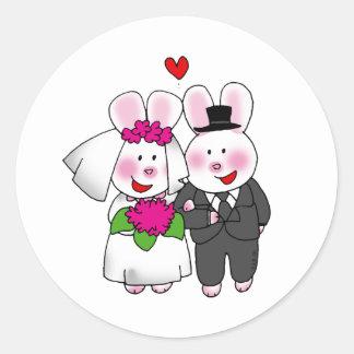 Bride and groom rabbit classic round sticker