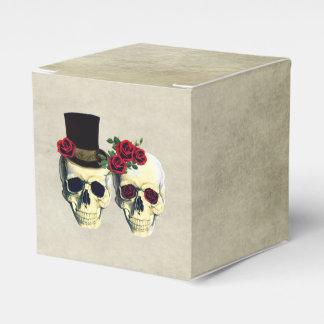 Bride & Groom Skull Wedding Party Favor Favor Box