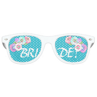 Bride Party Shades pretty flowers!